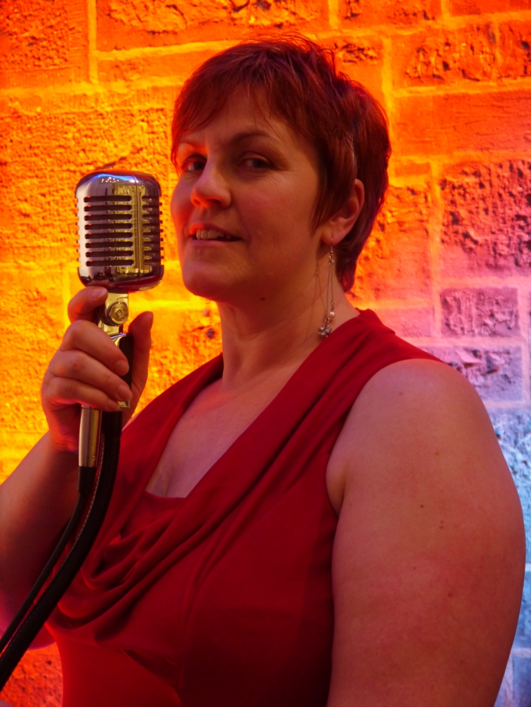 MUSIC | JAZZ IN THE BAR WITH LYNN THORNTON | SUNDAY 30 JUNE